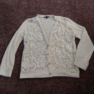 Monteau gorgeous cream lace front button cardigan